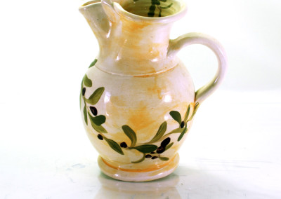 olives_PITCHER